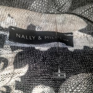 Nally & Millie Tops - Nally & Millie V-Neck Tunic